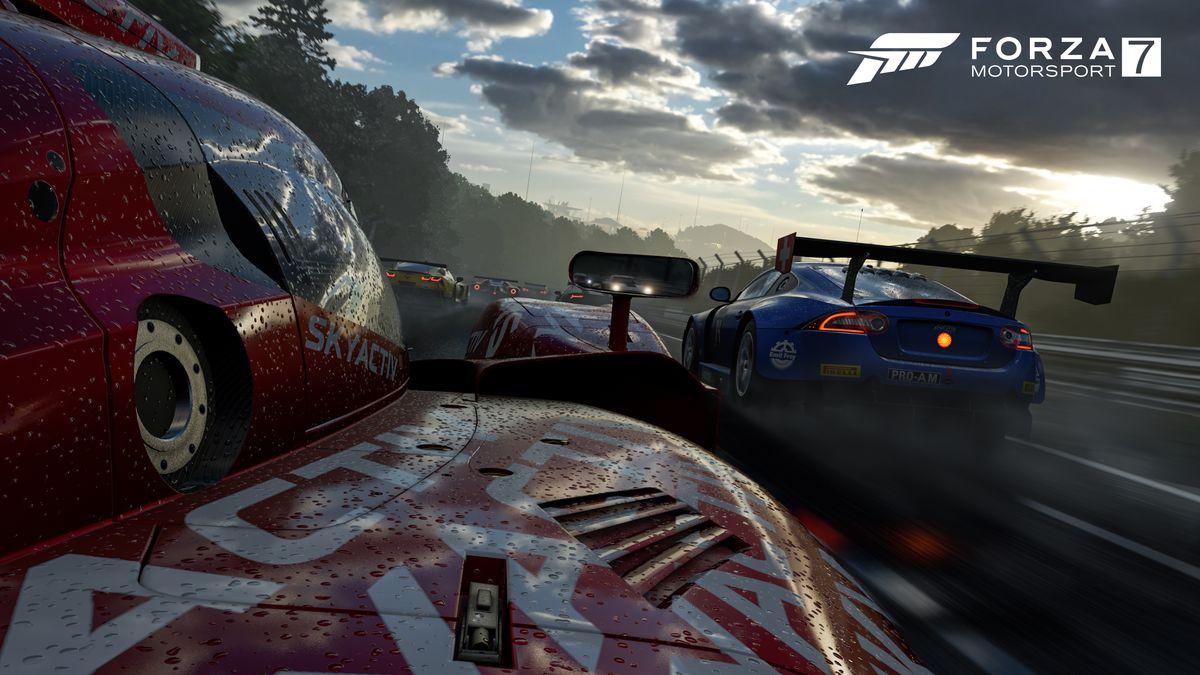Forza7_E3_PressKit_10_OnBoardInTheRace_WM_4K