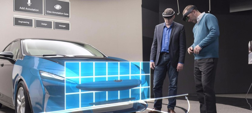 Ford adopte les HoloLens deMicrosoft.