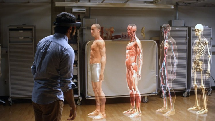 Microsoft-HoloLens-Could-Last-Only-2.5-Hours-1024x576.jpg